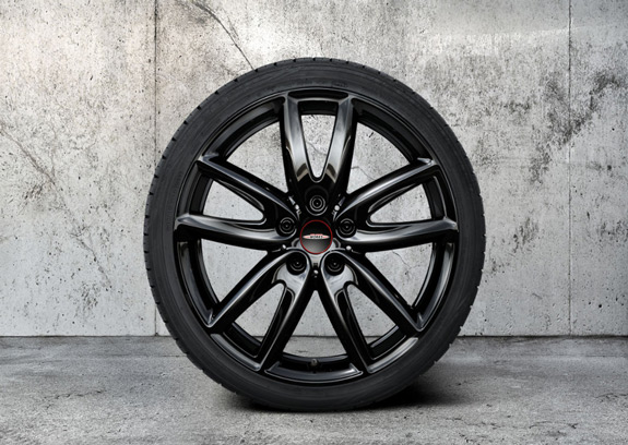"18"" JCW LEICHTMETALLRAD GRIP SPOKE 815 JET BLACK, WINTER-KOMPLETTRAD"