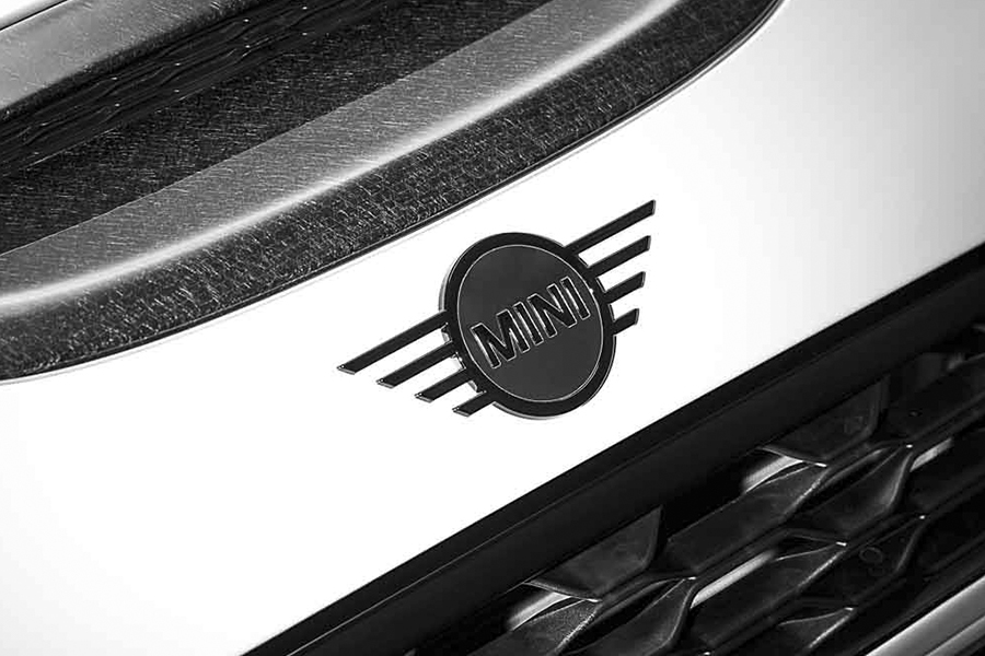 Piano Black MINI Emblem